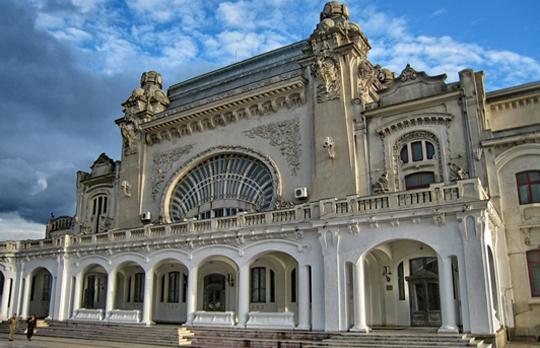 Primarul Constanţei anunţă că se pregăteşte cea de-a patra licitaţie pentru atribuirea lucrărilor de reabilatare a Cazinoului