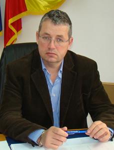 Lucrările pentru construcţia a două bazine didactice de înot în județul Bihor, scoase la licitaţie