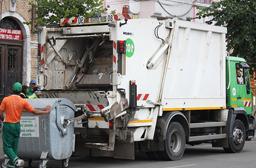 Primăria Râmnicu Vâlcea a acceptat să preia gunoiul din tot judeţul la depozitul oraşului