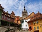 Primăria Sighişoara şi INP au semnat contractul pentru studiile de fundamentare ale proiectului de restaurare a Cetăţii Medievale