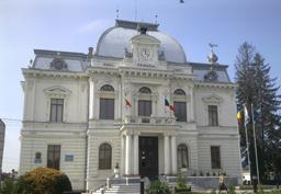 Primăria Târgovişte a pregătit proiecte în vederea accesării a peste 100 de milioane de euro, bani europeni